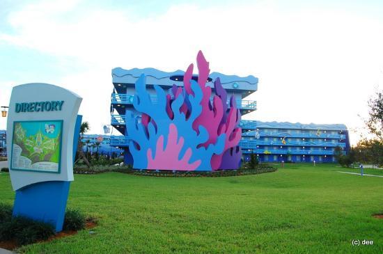 Disney's Art of Animation Resort: Little Mermaid Building