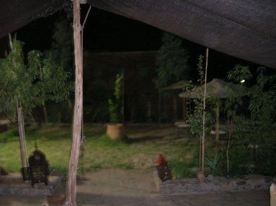 La Lune des Gorges : Outdoor tented area