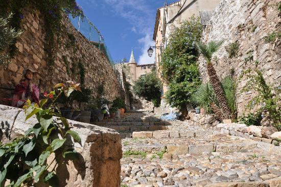 Vieille ville : © Office de Tourisme Hyères - Pierre Lisse
