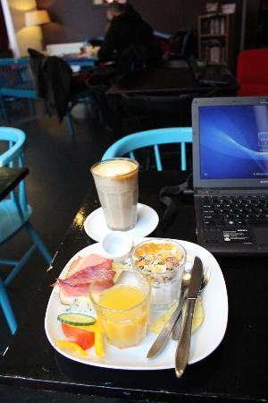 Cafe Grannen: Nice place, friendly atmosphere and really great brunch