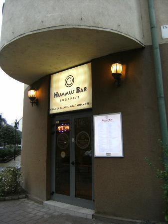 Leonardo Hotel Budapest: Hummus Bar