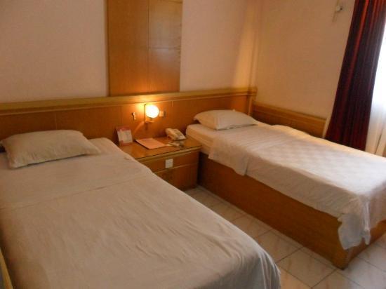 Photo of Hotel Hang Tuah Padang
