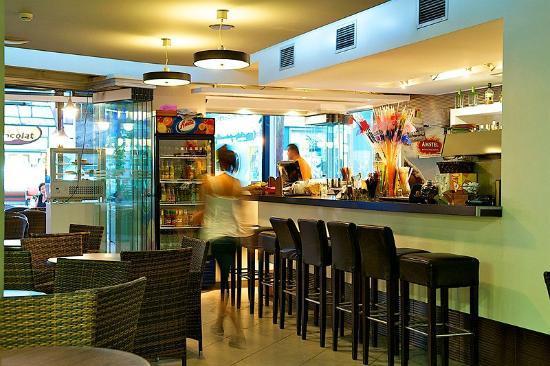 Hotel Marika: Cafe-Bar