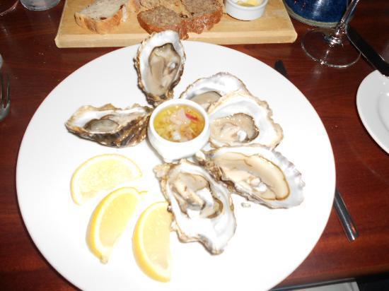 Vaughans Anchor Inn: Local Oysters