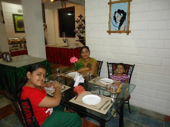 Las Palmas Munnar: DINING AREA