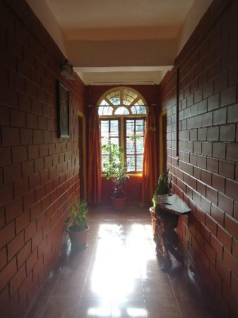 Las Palmas Munnar: HOTEL LOOK FROM INSIDE