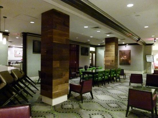 Hilton New York Grand Central: entrada del hotel