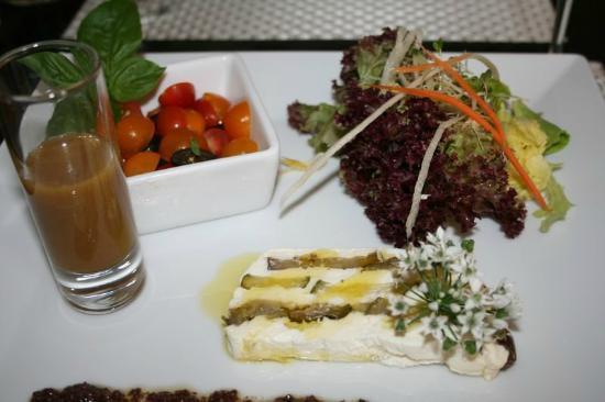 CAFE VERDE : Terrine de chèvre aux légumes provençaux