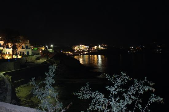 Mykonos Theoxenia: Night view from our balcony