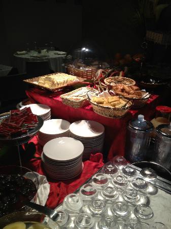 Hotel Atmosfere: Buffet colazione 2