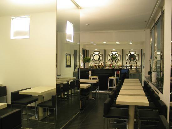 Hotel Napoleon: sala colazione