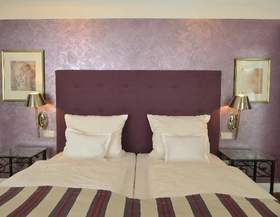 Galerie-Hotel: Zimmer 12