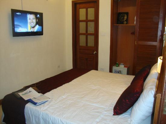 Gia Thinh Hotel: Basic room
