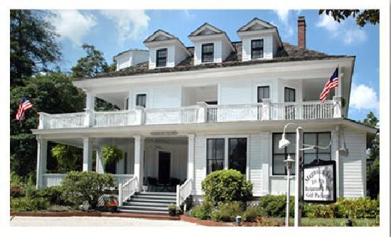 The Magnolia Inn, Pinehurst, NC est. 1896