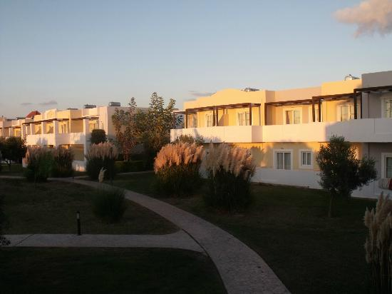 Zorbas Beach Hotel: accomodation