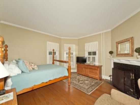 The Magnolia Inn: Guest Room