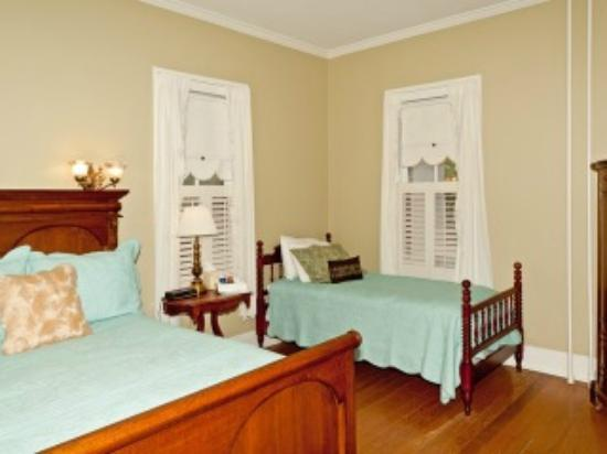 The Magnolia Inn: Guest Room