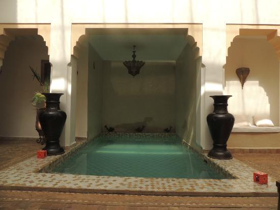 Riad RK: piscine