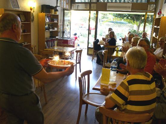 St. John Cafe Shop: Someone in the big group had a birthday