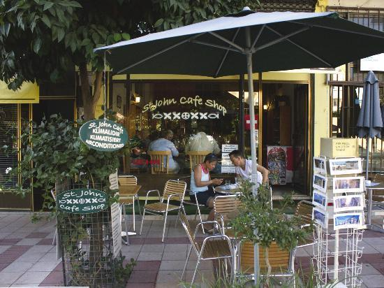 St. John Cafe Shop : Outside Patio