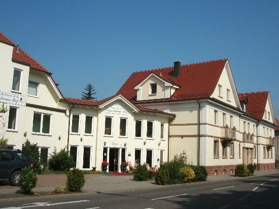 호텔 게르메르샤임 호프
