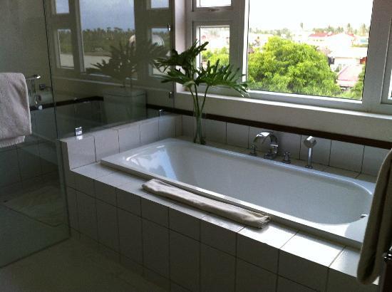 Hotel Venezia: Bath