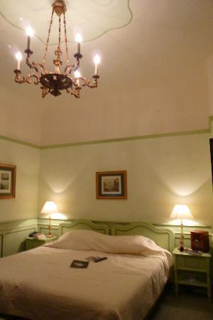Hotel Konig Von Ungarn: Zimmer