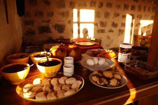 Takaev Cave Hotel: breakfast