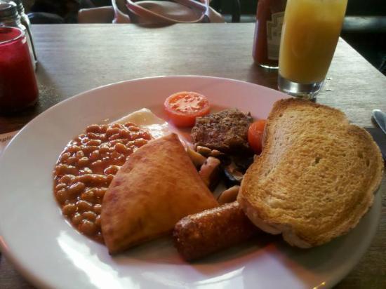 Red Squirrel: The Full Veggie Breakfast