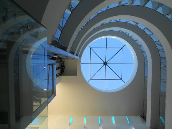 Aquashow Park Hotel: Looking up