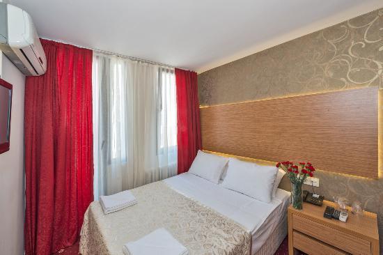 Erbazlar Hotel: büyük yataklı single oda