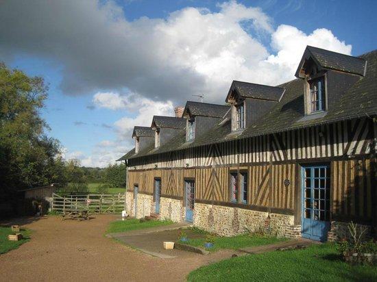 """Eco-Domaine du Houvre: Gîte """"la Grange"""""""