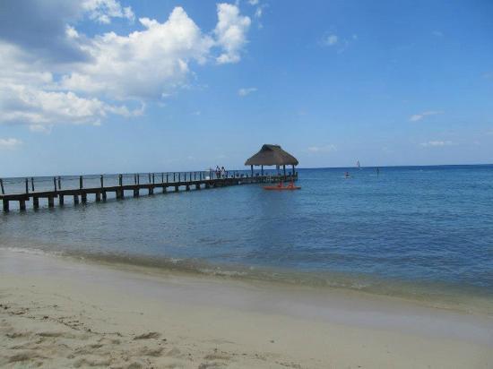 Paradise Beach: Kayaking
