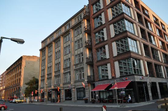 柏林查理檢查站阿迪納公寓酒店照片