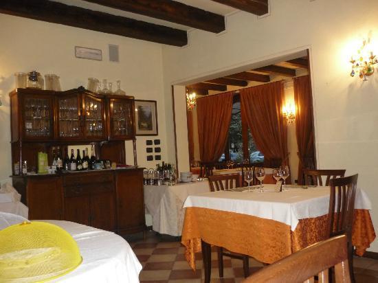 Agriturismo Al Cavaliere: sala ristorante