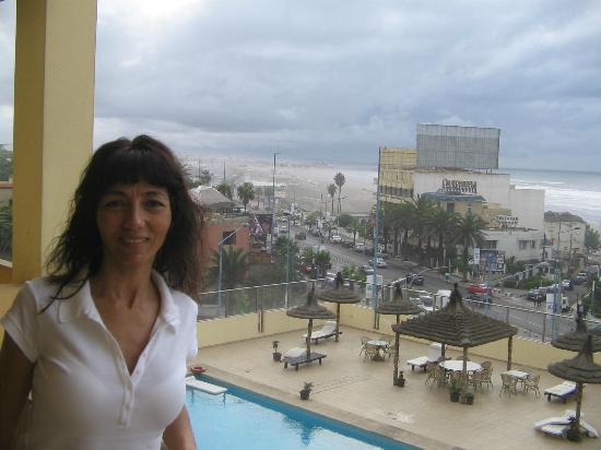 Hotel Suisse: balcon con vista al mar