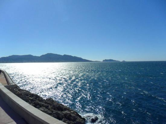 Marseille Le Grand Tour : View from the top of the bus