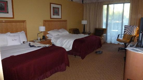 DoubleTree Resort by Hilton Paradise Valley - Scottsdale: My spacious room.