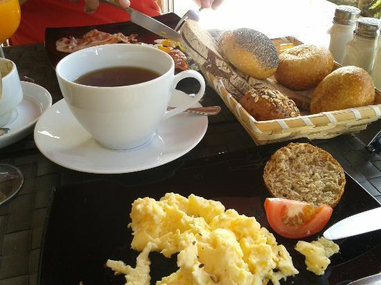 Cafe Duo : heerlijk ontbijt in de late ochtend ! voortreffelijk een compleet ! en goede service een aanrade
