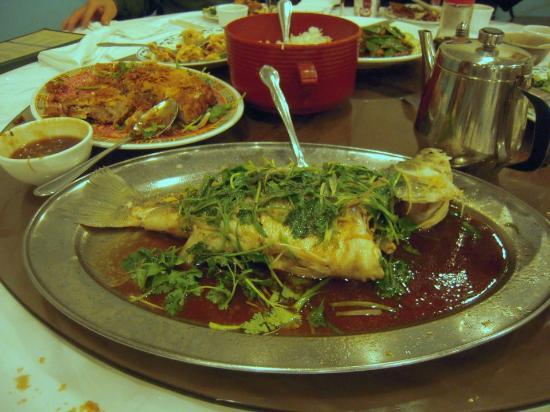 Silver Seafood Restaurant: whole fish -- save the eyeballs for me please!
