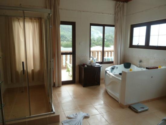 BayView Seychelles: salle de bain