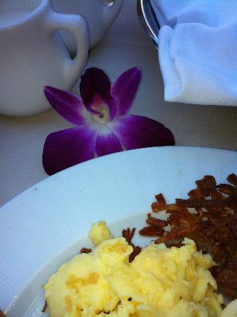 The Ritz-Carlton Bacara, Santa Barbara: Room Service- A special treat.