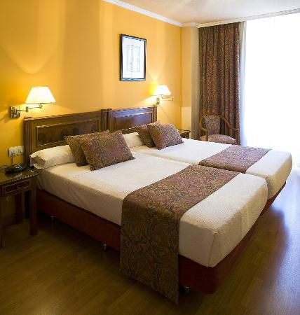 Hotel Comfort Dauro 2: HABITACION