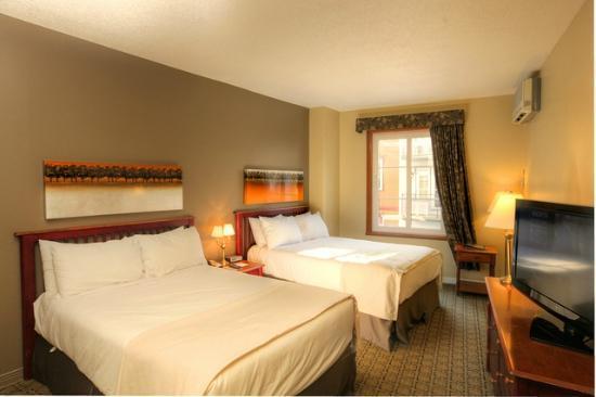 Place St-Bernard: room