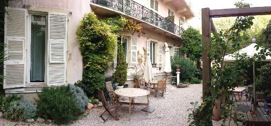 Nice Garden Hotel-Garden