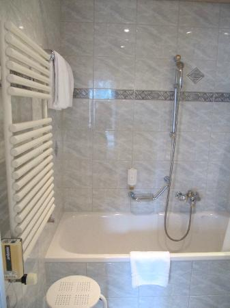 Hotel du Nord: Bathroom