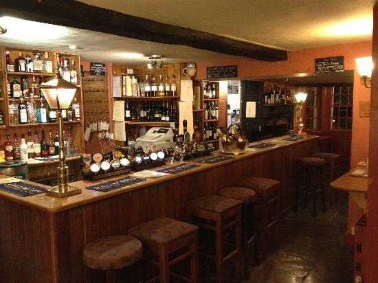 The Bell and Crown: Bar area