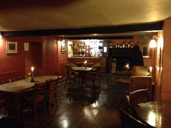 The Bell and Crown: Bar eating area