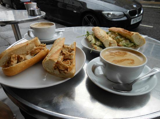 Spicy chicken, Raison d'Etre and white coffees