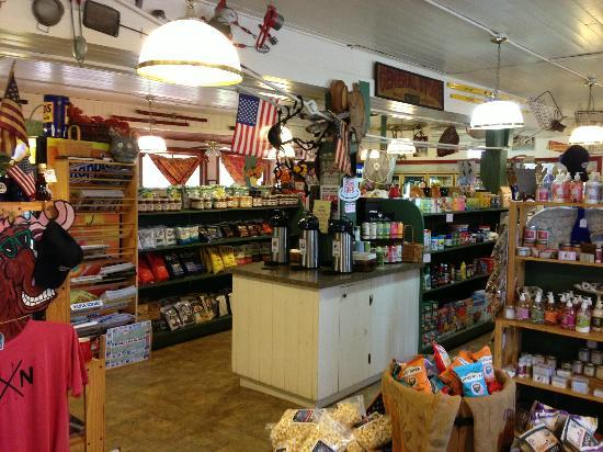 J-Town Deli Country Store : Nice general store